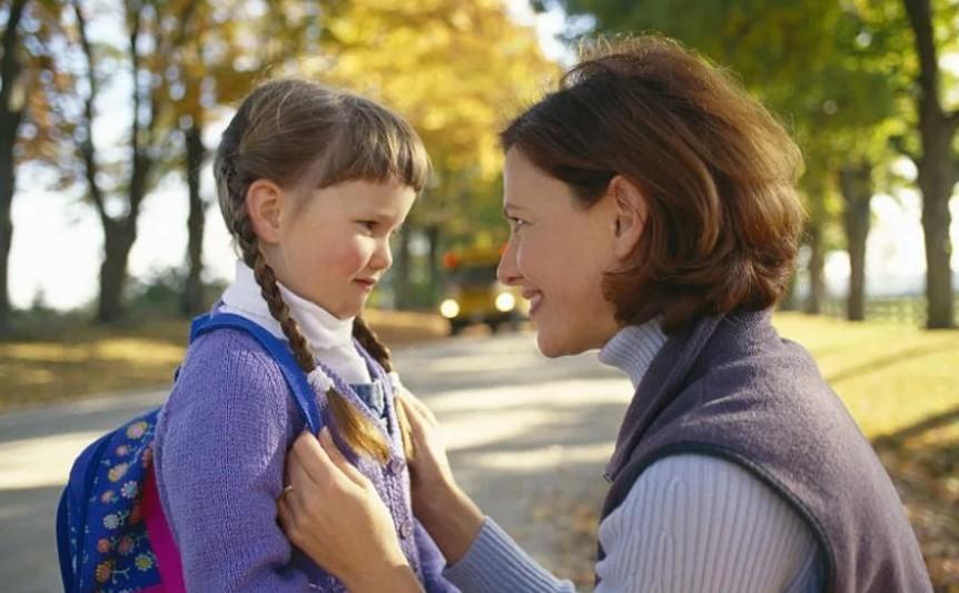 Сопровождение детей в школу